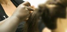 Programa ViraVida qualifica jovens para o mercado da beleza