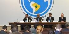 Mais de 130 diplomatas se re�nem para discutir parcerias em educa��o