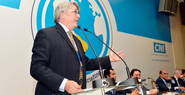 Briefing Diplom�tico CNI