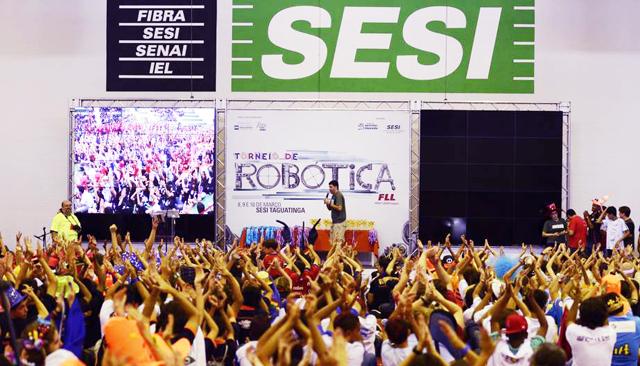 Torneio de Robótica FLL - 2013