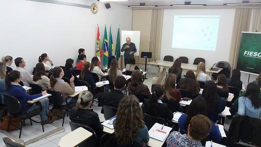 FIESC - Em Rio do Sul, FIESC capacita 36 empresários e industriais em como fazer gestão de SST na era do eSocial